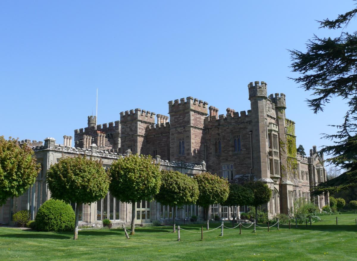 Hampton Court Castle rear