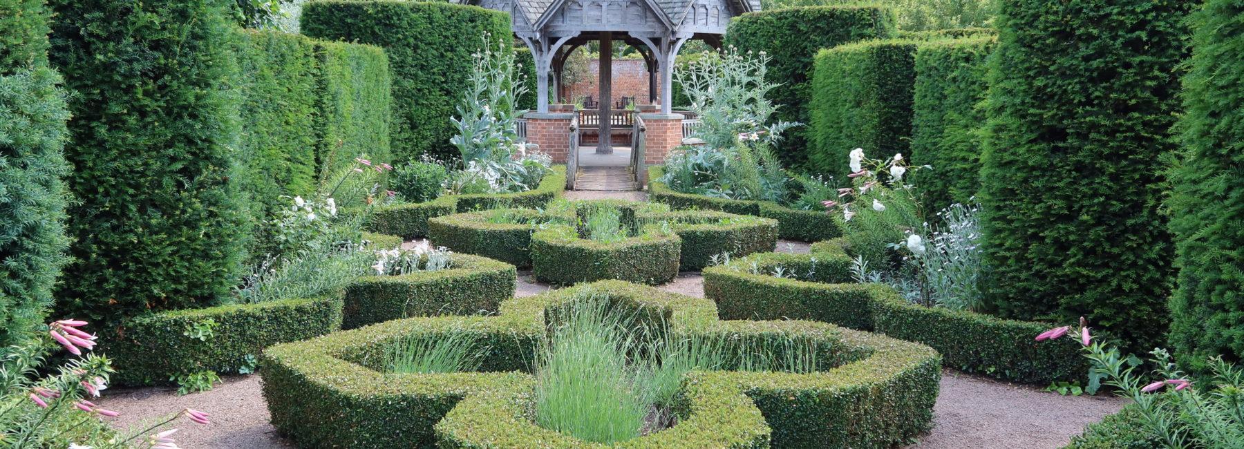 Pavilion with formal box hedges